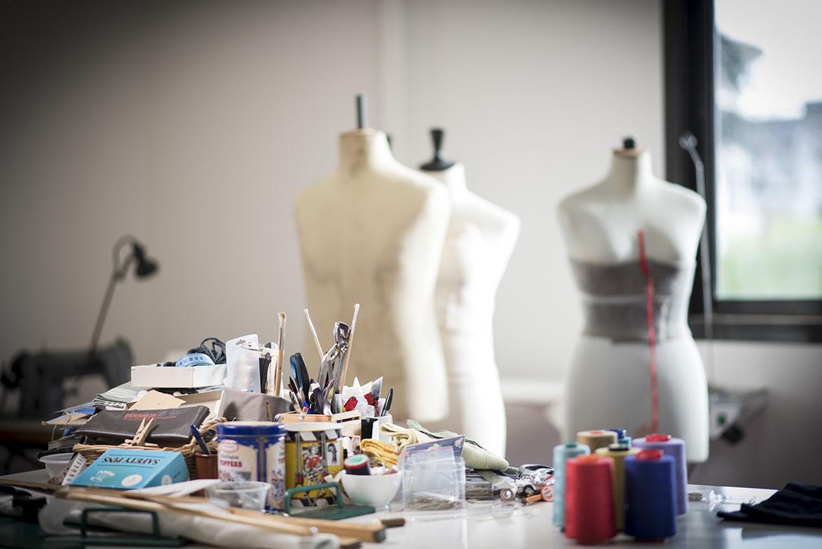 vue- de-l'atelier-costumes-Théâtre-Régional-des-Pays-de-la-Loire